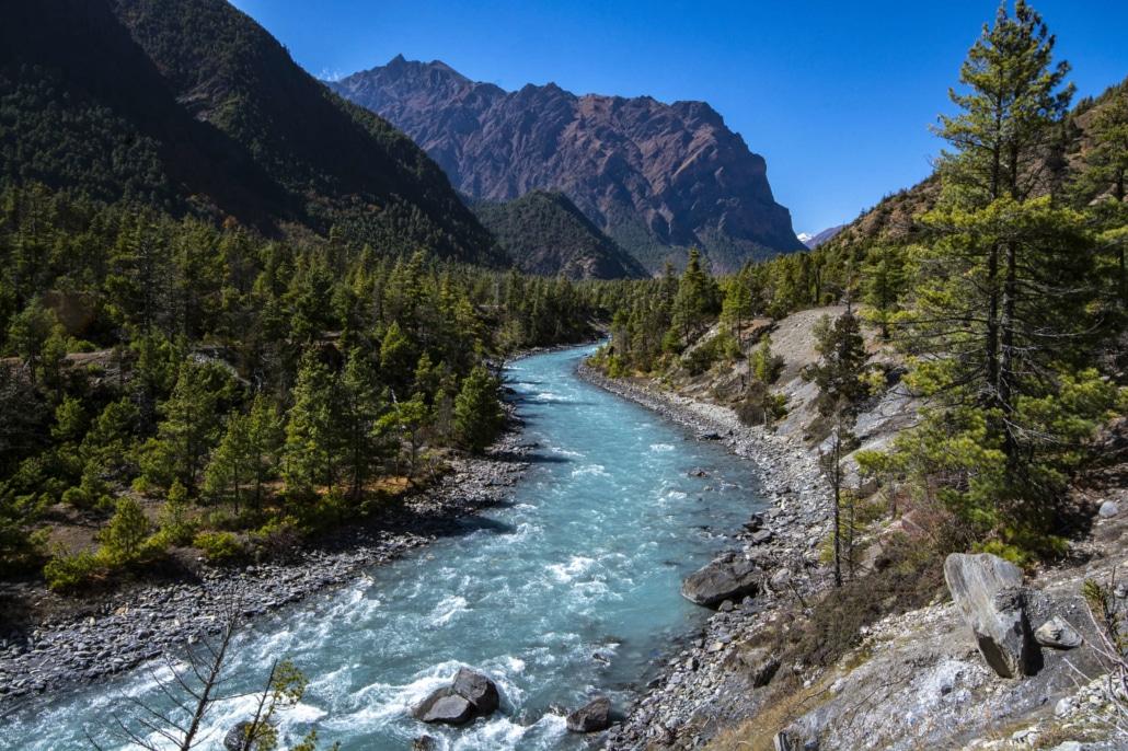 Rivière sur le tour des Annapurnas